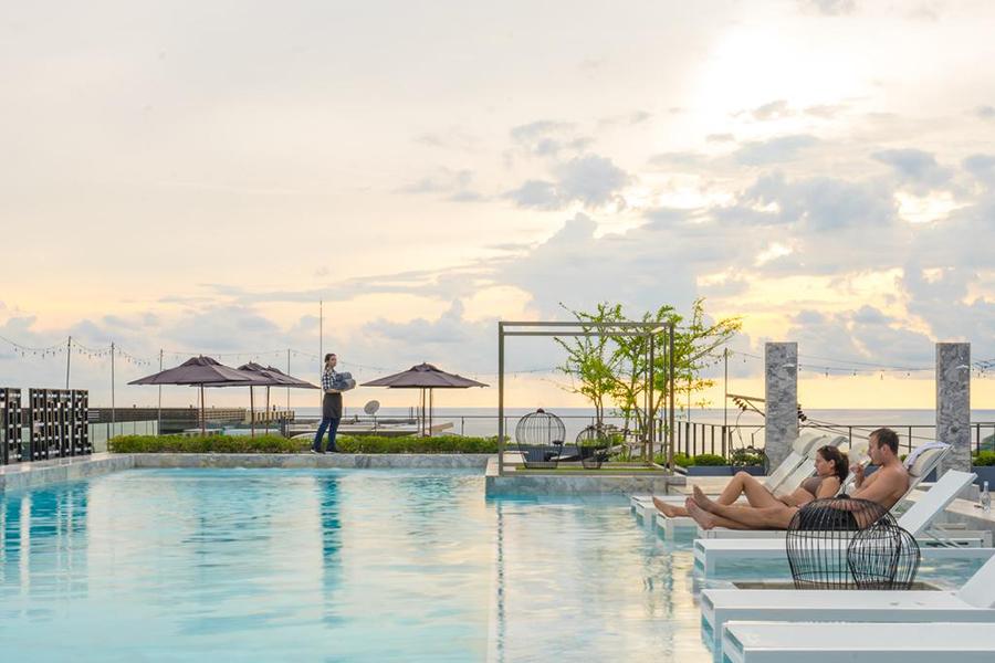 phuket villas with pool